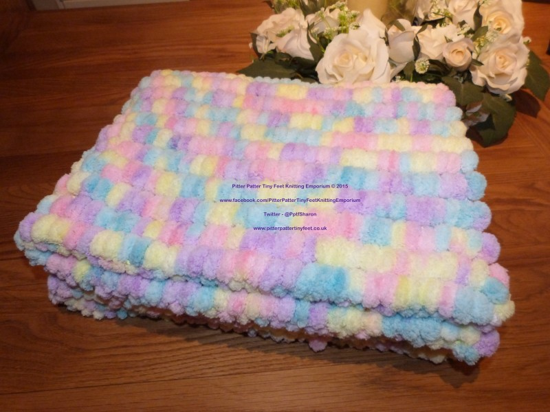 Pom Pom Marshmallow Baby Blanket Pitter Patter Tiny Feet ...